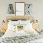 01-bedroom-wall-decor-ideas-homebnc