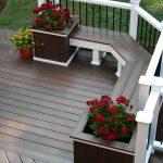 01-built-in-planter-ideas-homebnc