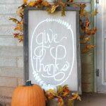 01-diy-thanksgiving-signs-ideas-homebnc