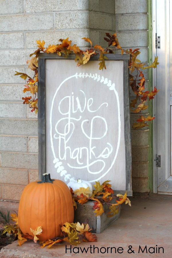 Hand-Painted Rustic Welcome DIY Thanksgiving Sign