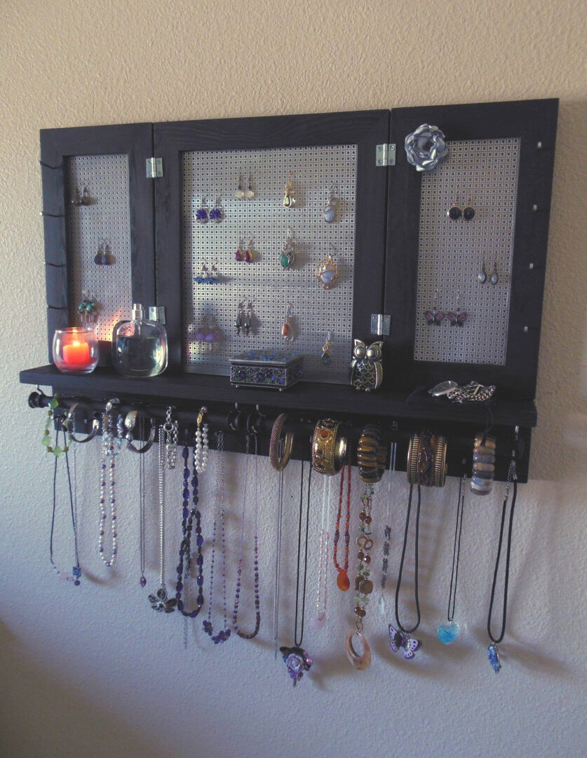 Simple Jewelry Organizing Shelf with Wall Mount