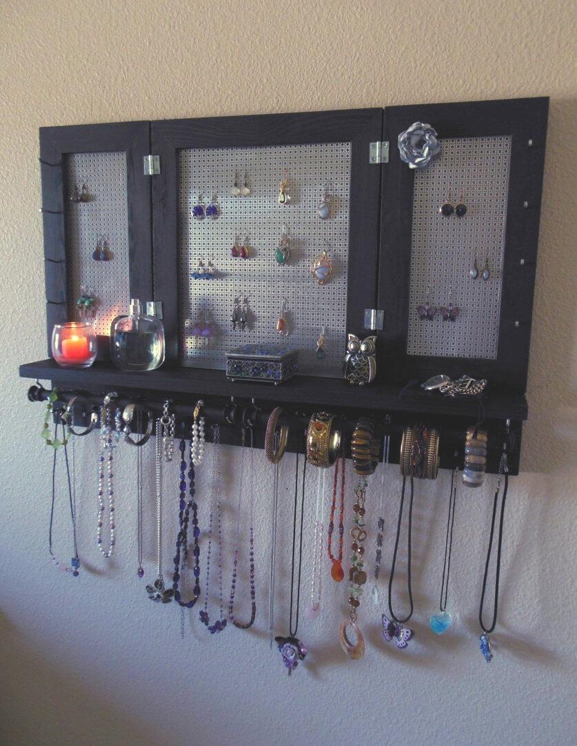 Simple Jewelry Organizing Shelf with Wall Mount