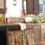 01-kitchen-cabinet-curtain-ideas-homebnc