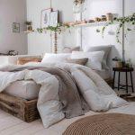 01-neutral-bedroom-decor-design-ideas-homebnc