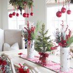 01-red-christmas-decor-ideas-homebnc