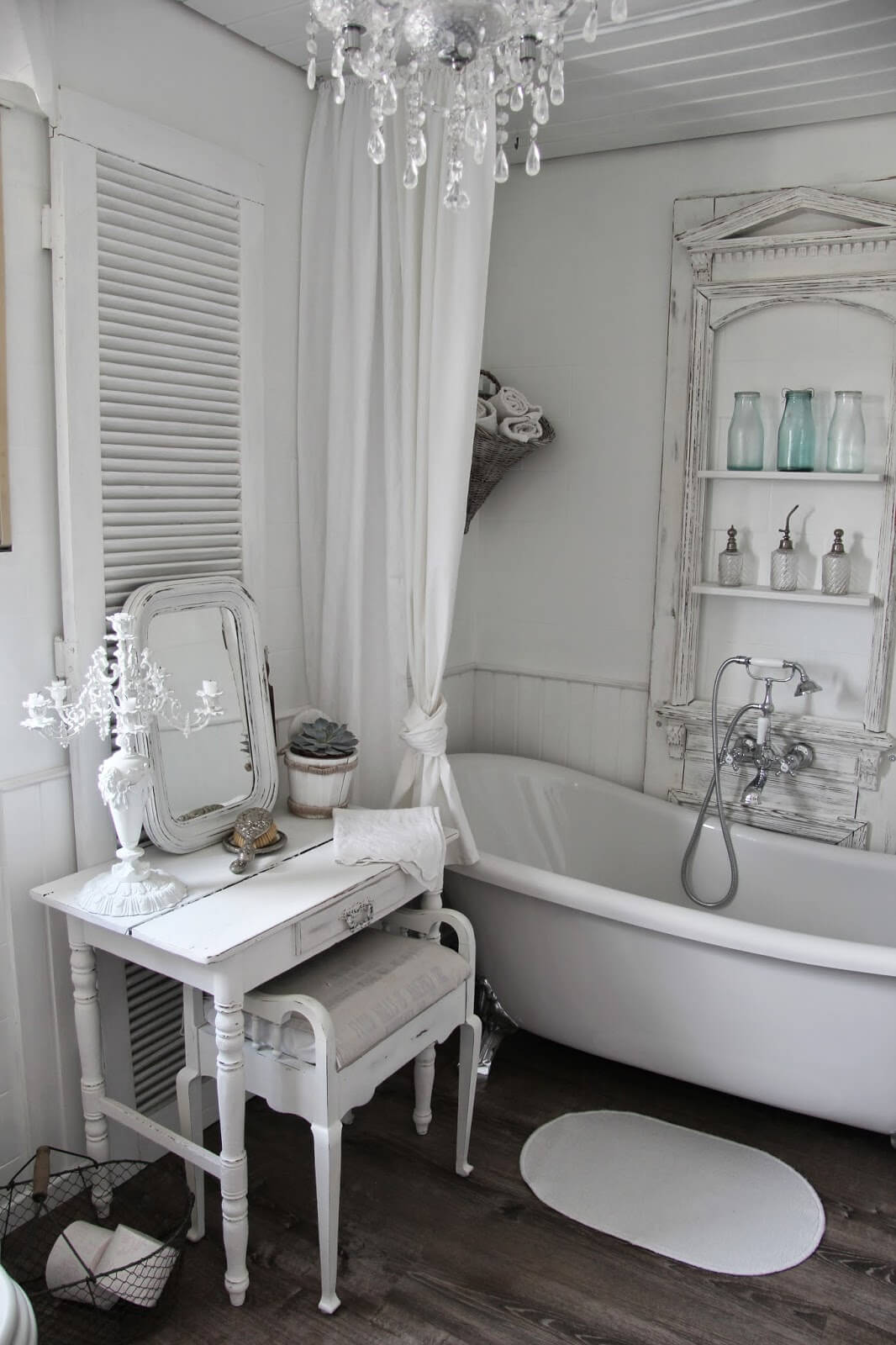 Shabby Chic Dressing Table and Tub Shelving