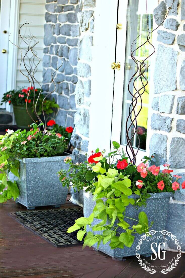 Bright Spring Planters with Curly Branches