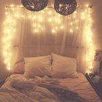 01-vintage-bedroom-decor-ideas-homebnc