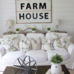 02-farmhouse-centerpiece-ideas-homebnc