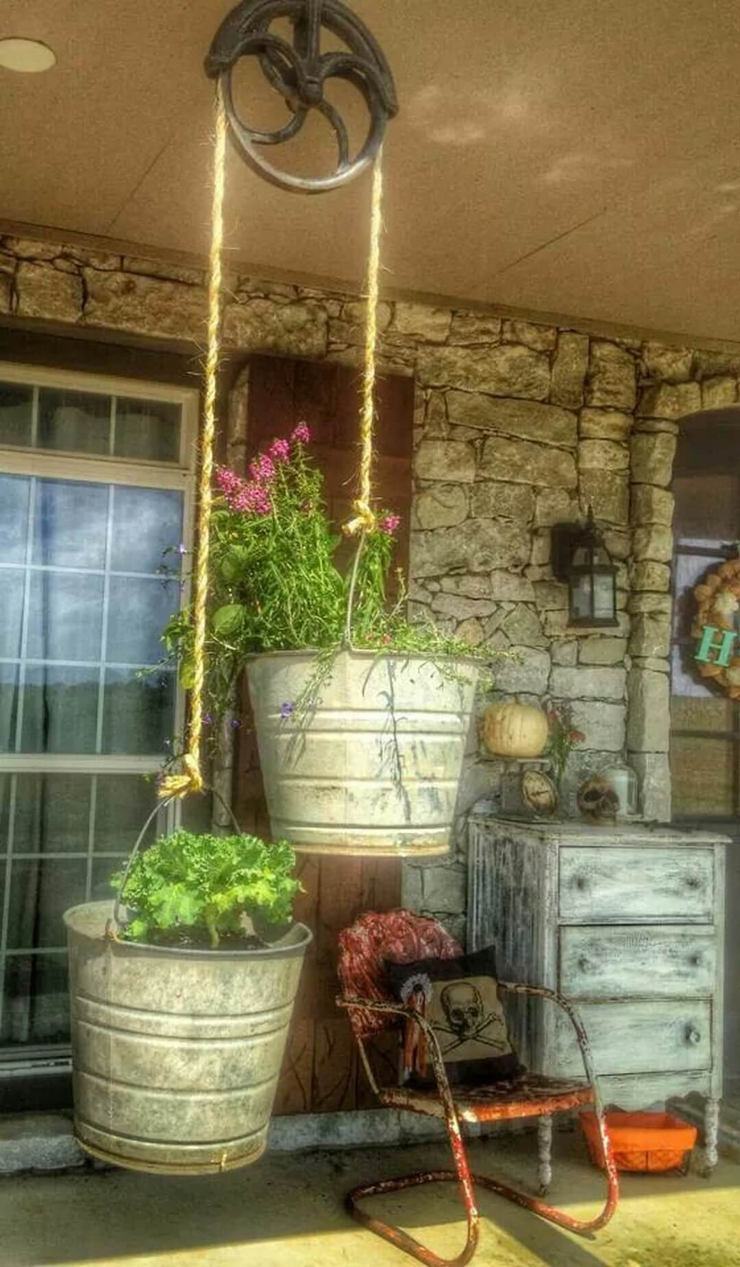 27 Adorable Reused And Repurposed Galvanized Tub And Bucket Ideas To Bring Country Into Your Home Rina Watt Blogger Home Decor Diy And Recipes