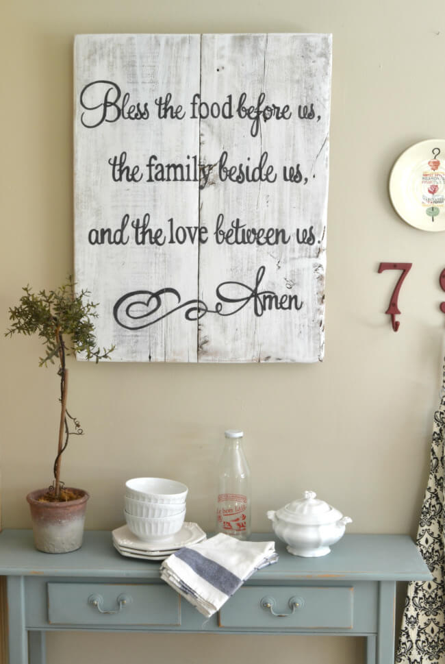 Food, Family, Love Prayer Sign