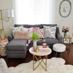 02-small-living-room-decor-design-ideas-homebnc