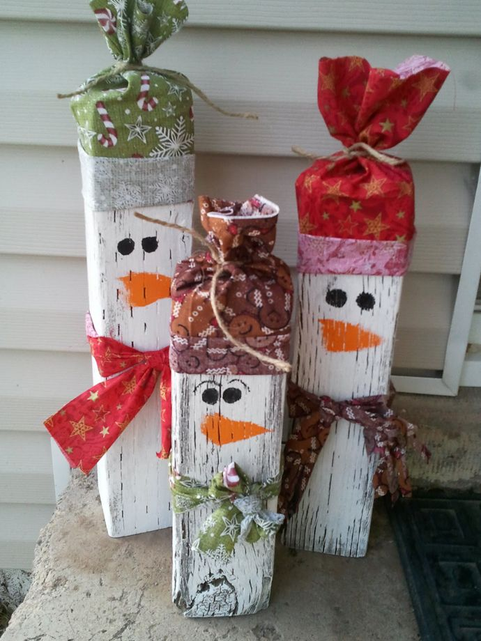 4x4 Snowmen Christmas Decoration