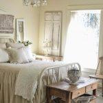 03-best-rustic-chic-bedroom-decor-design-ideas-homebnc