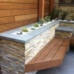 03-built-in-planter-ideas-homebnc
