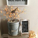 03-farmhouse-fall-decorating-ideas-homebnc