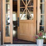 03-farmhouse-front-door-ideas-homebnc