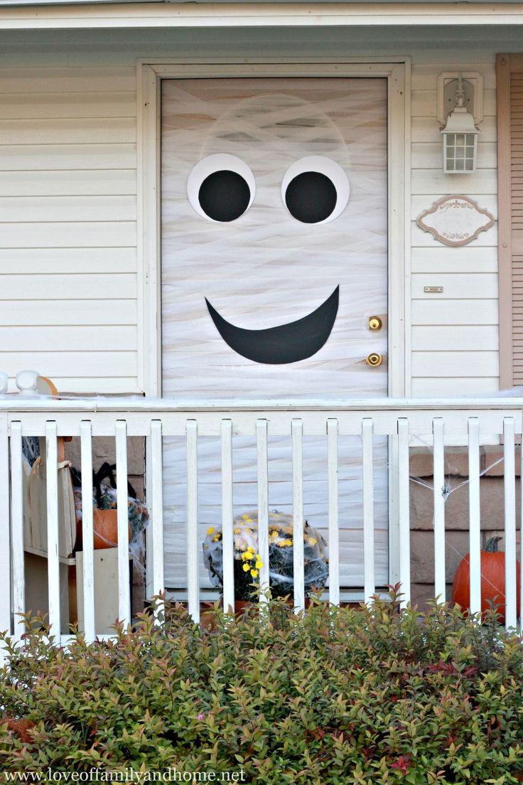 Mummy Halloween Door