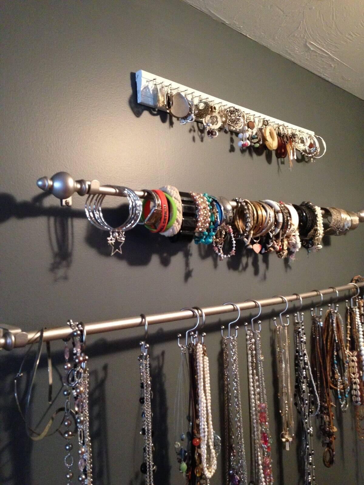 Easy, Elegant Curtain Rod Jewellery Organizer Ideas