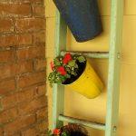 03-repurposed-old-ladder-ideas-homebnc