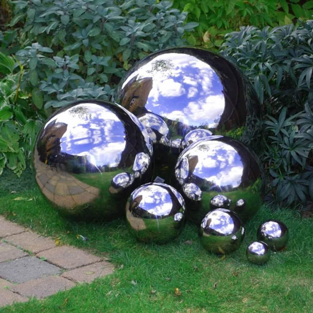 Amazing Chrome Finished Garden Balls
