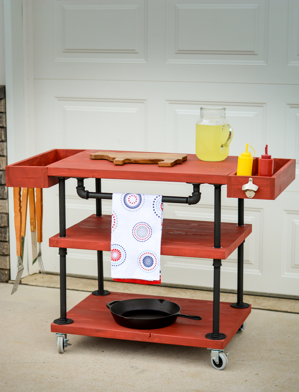 DIY Grill Station With 60s Flavor