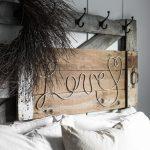 04-diy-pallet-signs-ideas-homebnc
