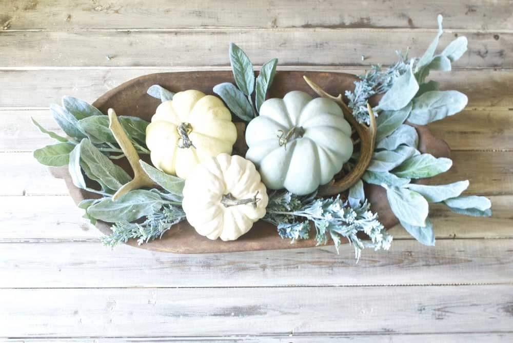 Peaceful Pumpkins and Harmonious Greenery