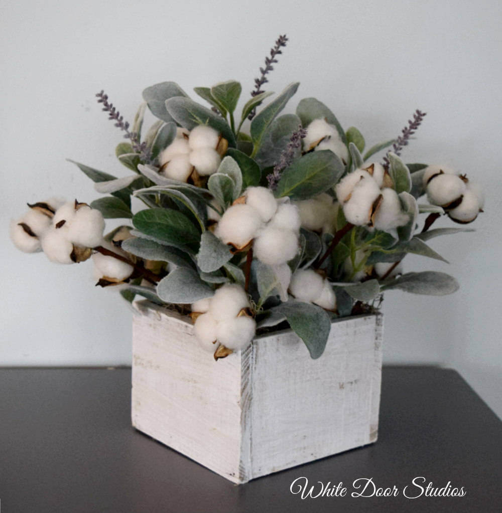 Cozy Shabby Chic Cotton Display Box