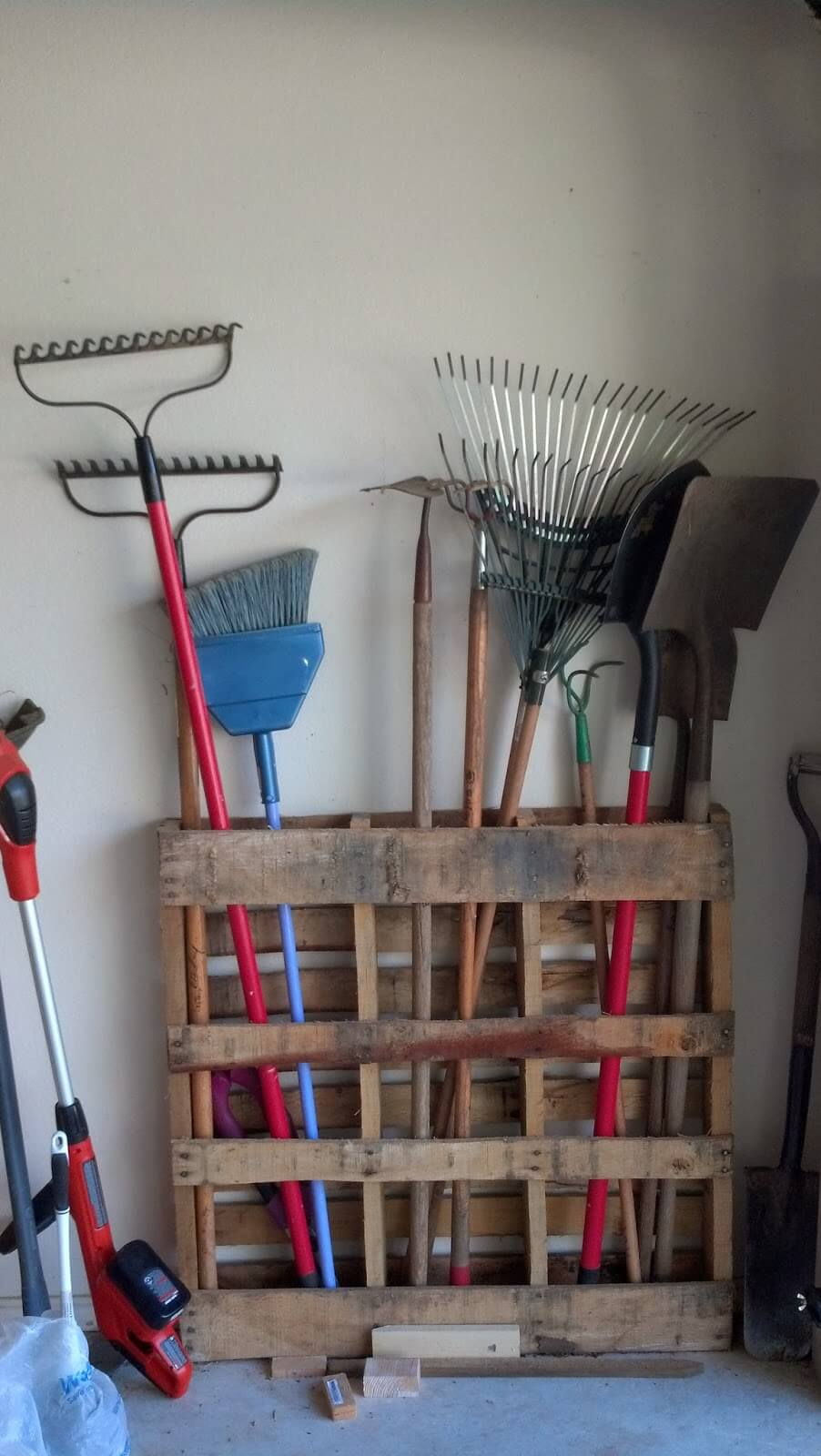Repurposed Pallet Lawn Care Storage