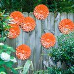 04-garden-fence-decoration-ideas-homebnc