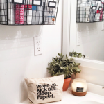 04-hanging-bathroom-storage-ideas-homebnc