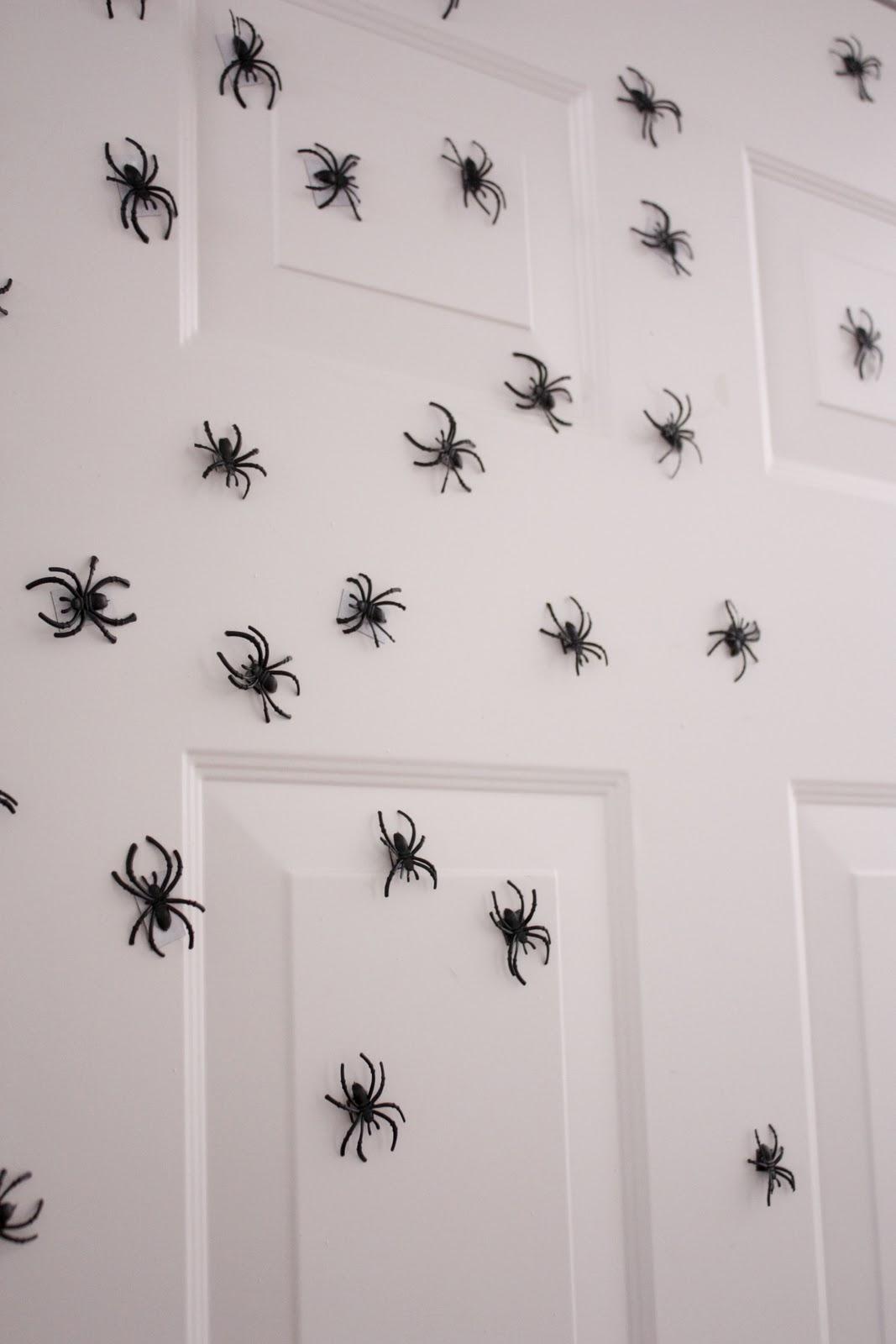Super Spiders Invade
