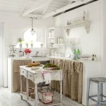 04-kitchen-cabinet-curtain-ideas-homebnc