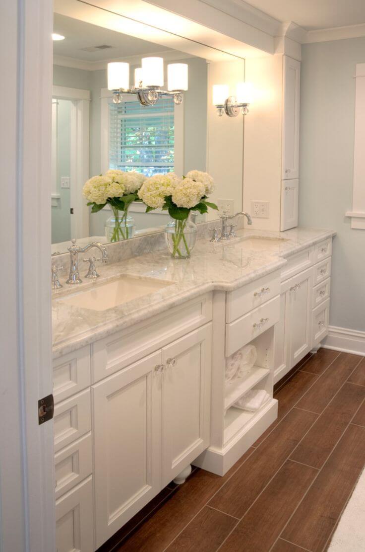 Bright White and Beautiful Bathroom