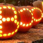 04-pumpkin-carving-ideas-homebnc