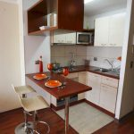 04-small-kitchen-decor-design-ideas-homebnc