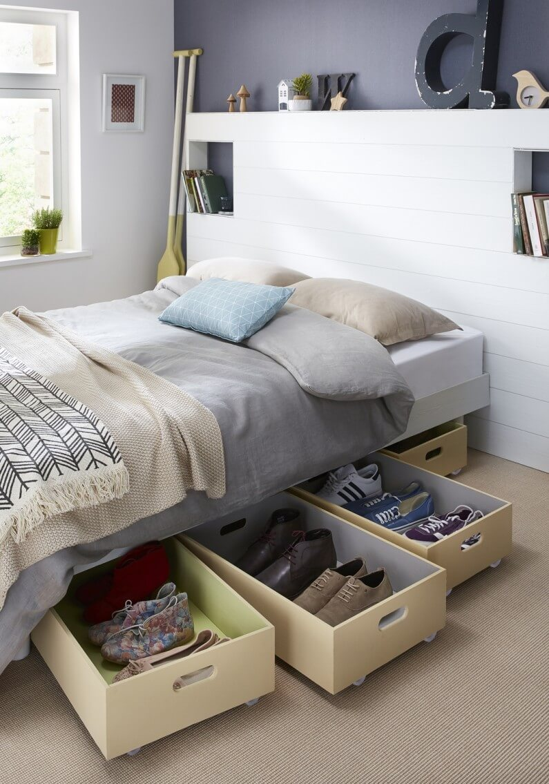 Under-The-Bed Plastic Pullout Storage Drawers