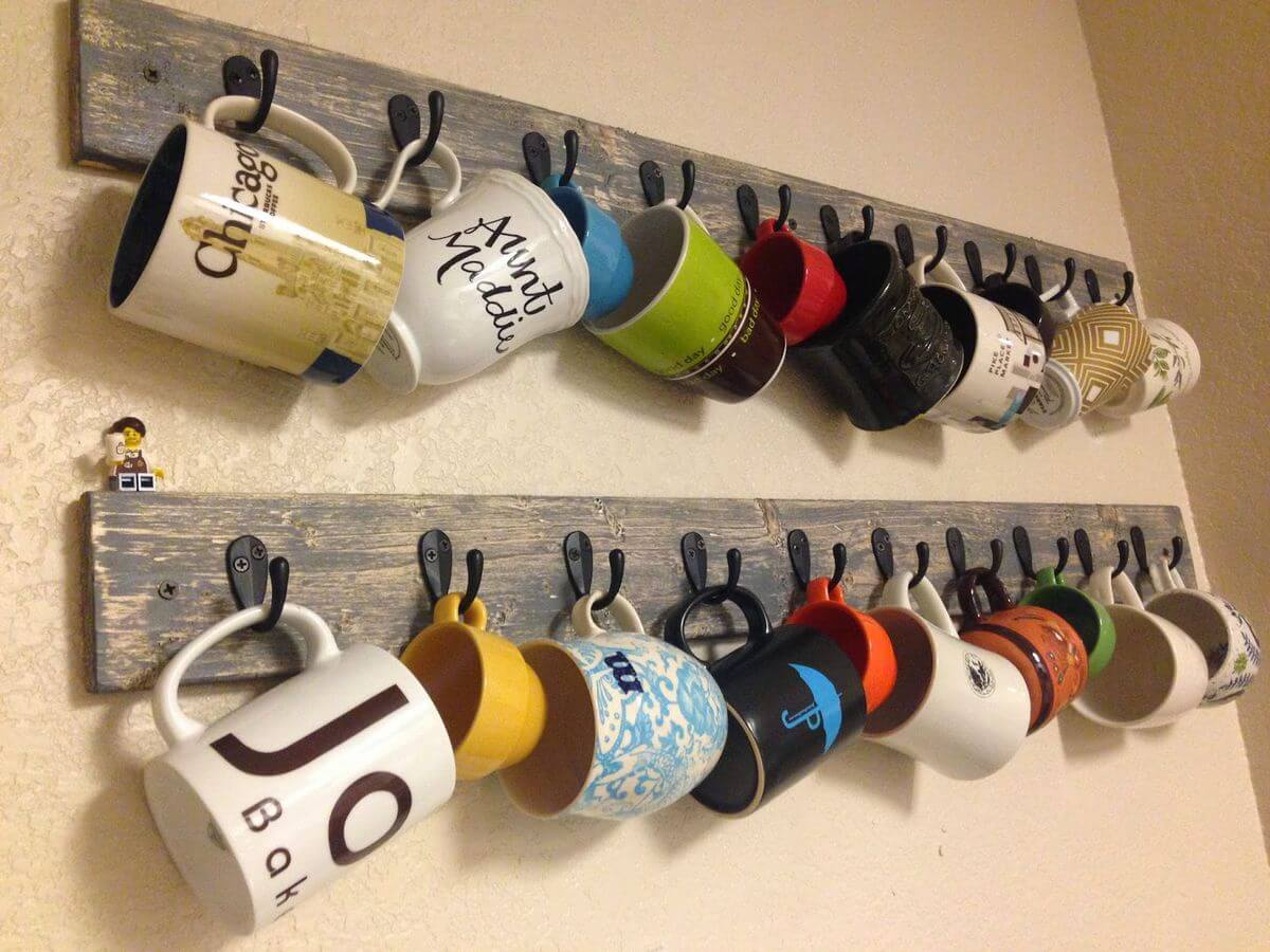Reclaimed Wood Mug Hanger with Rustic Hooks