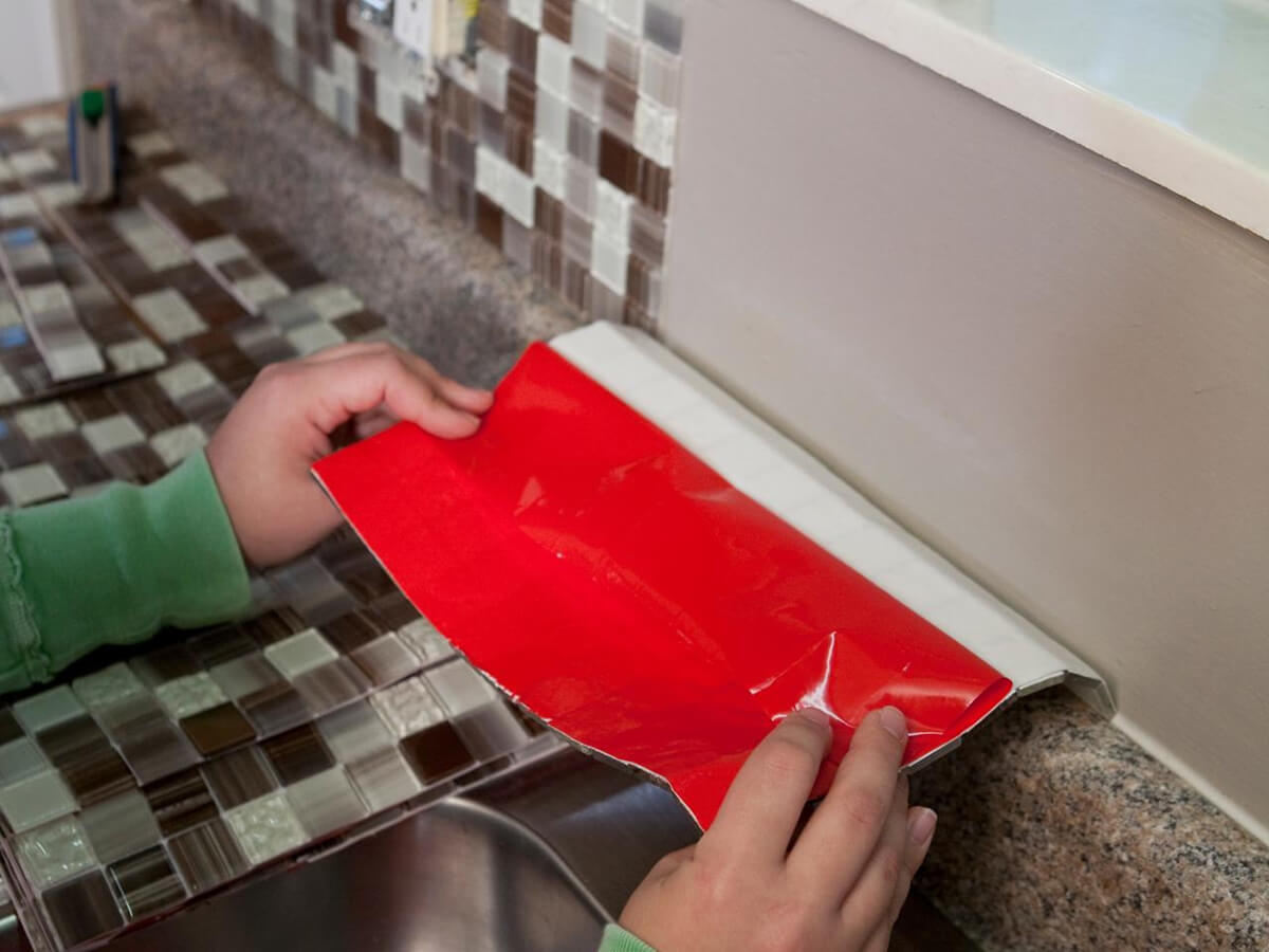 Tiny Tile Backsplashes Can be Deceptively Simple