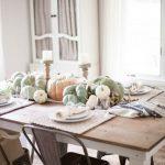 05-farmhouse-centerpiece-ideas-homebnc