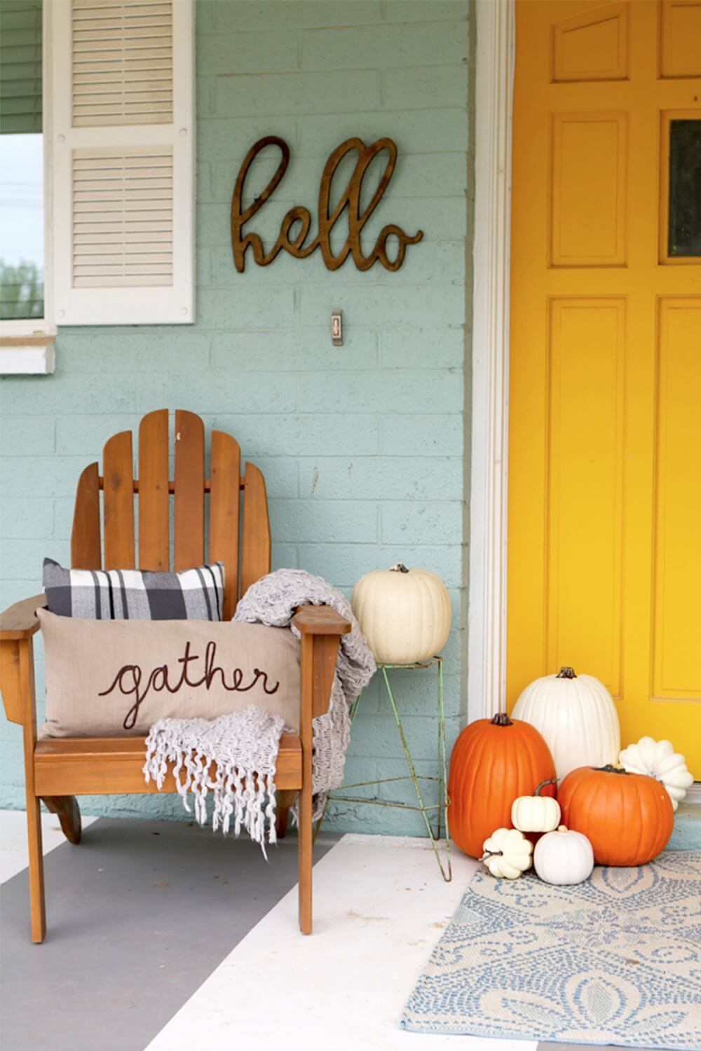Cute Pumpkin Mini Porch Display