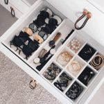 05-jewellery-organizer-ideas-homebnc