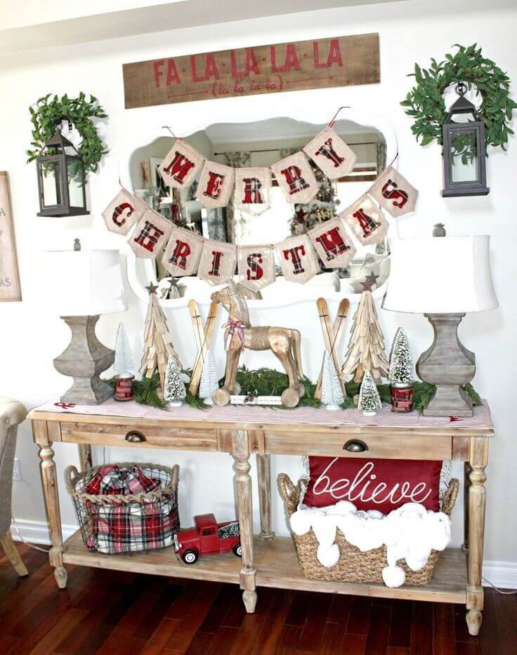 Mix and Match with Seasonal Signage