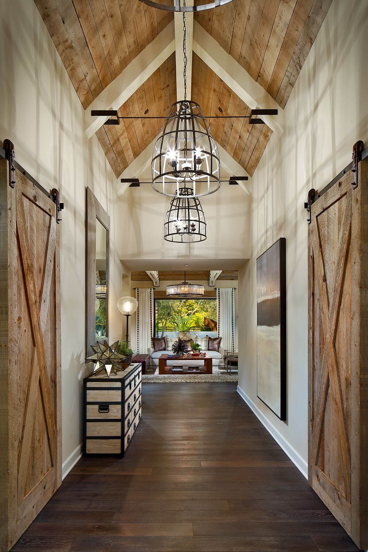 How to Mix Wood and Metal Décor