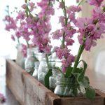 05-rustic-wooden-box-centerpiece-ideas-homebnc