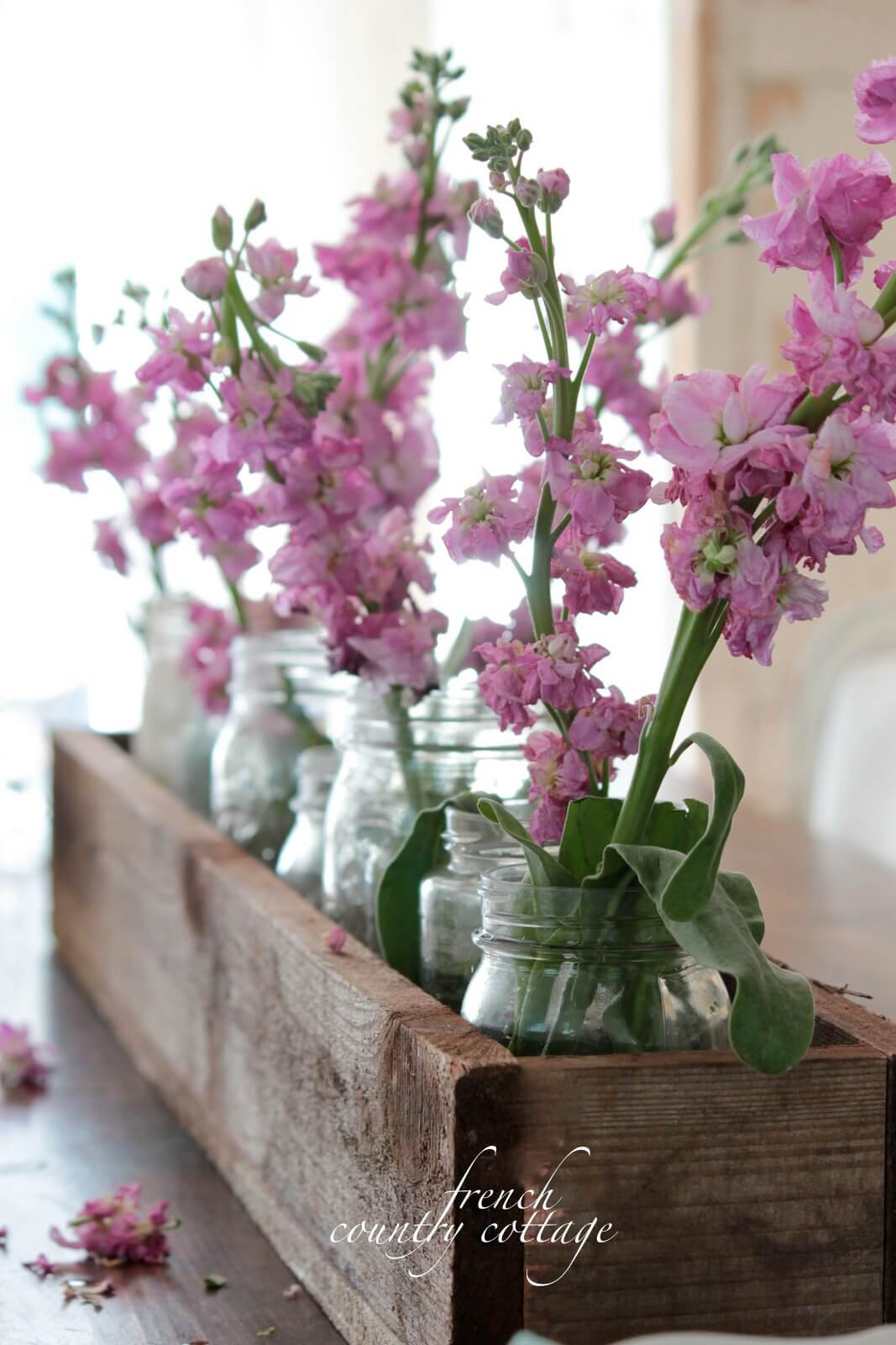 A Basic Floral Rustic Wooden Box Centerpiece