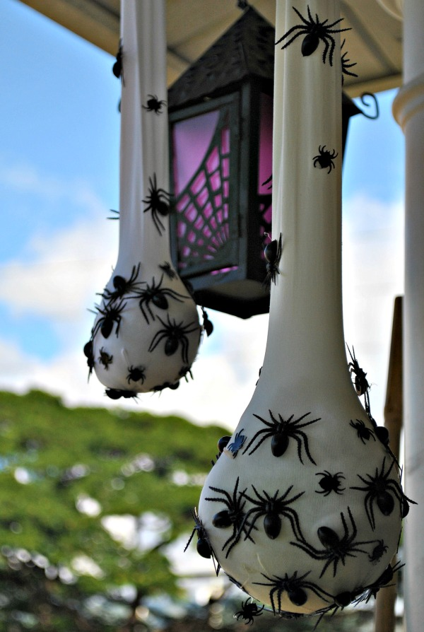 Sweet Sacks of Spiders Halloween Décor