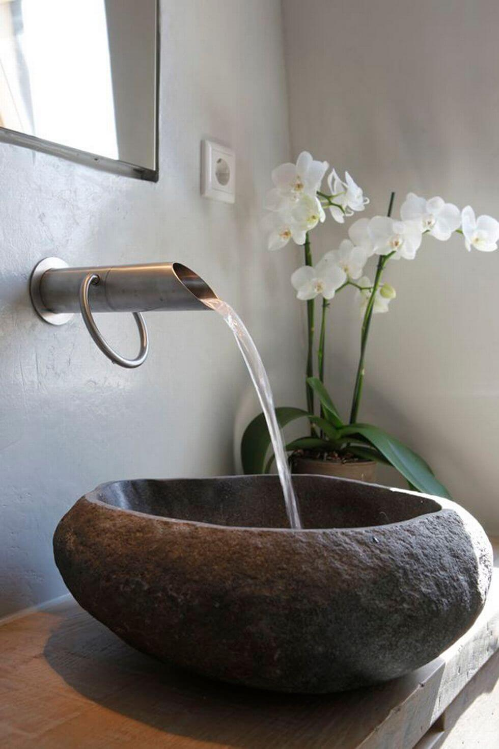 Rustic Sink with Minimalist Features