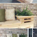 06-built-in-planter-ideas-homebnc